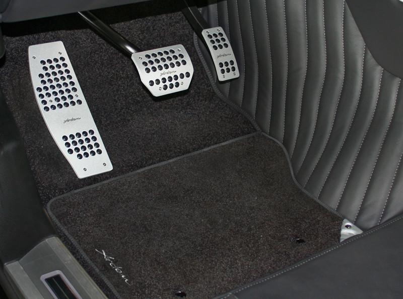 Arden Einlegeteppiche mit Arden Logo für Jaguar S-Type und S-Type R
