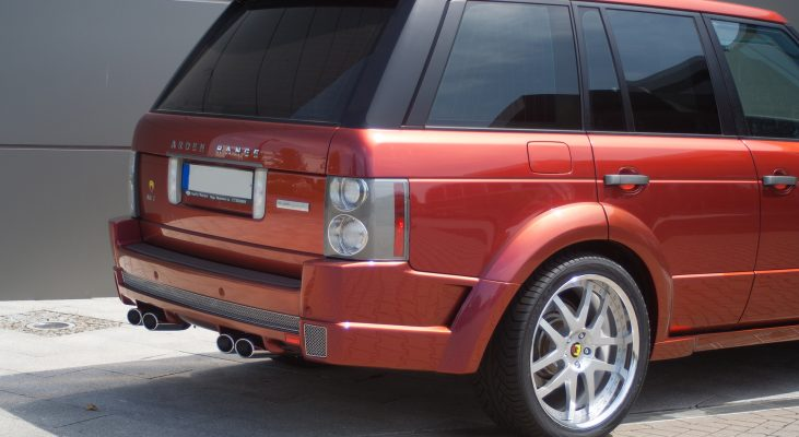 Arden-Range-Rover-LM-red-daylight-rear-apron