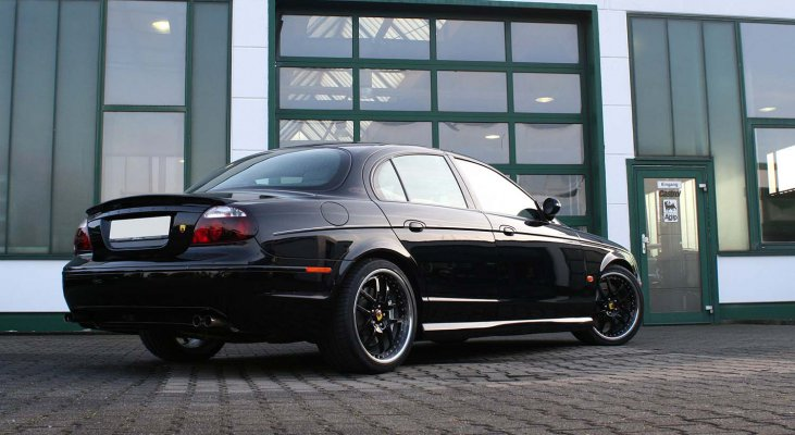 Jaguar-S-Type-lowering-kit-sportline-black-Arden