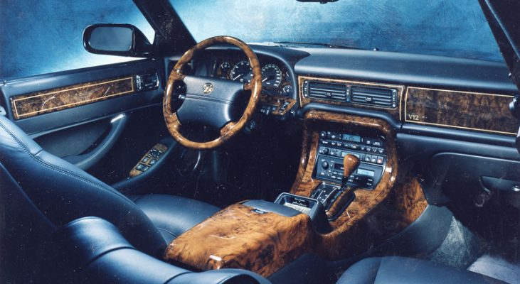 Jaguar-XJ-X300-wood-center-console-cover-wooden-gear-shift-surrounding-Arden
