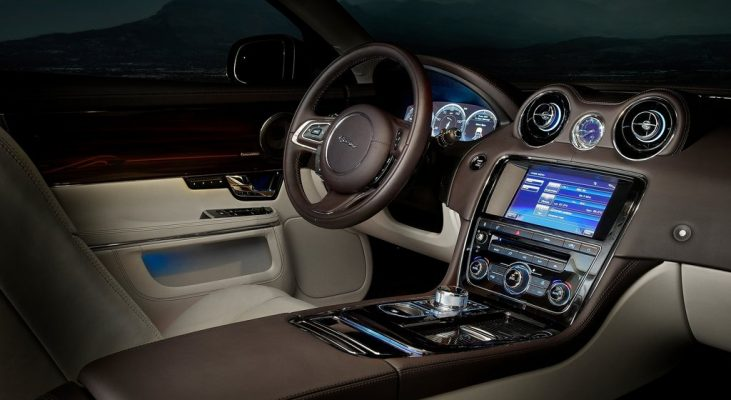 Jaguar-XJ-X351-Interior-control-unit-for-factory-side-fitted-tv-system-Arden