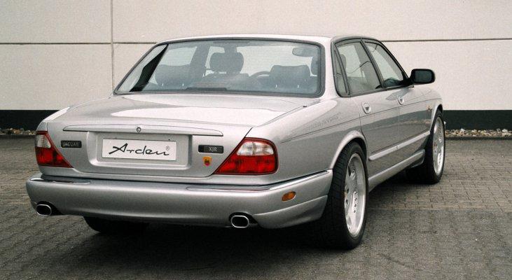 Jaguar-XJ-aerodynamik-rear-spoiler-side-sills-exhaust-system-Arden