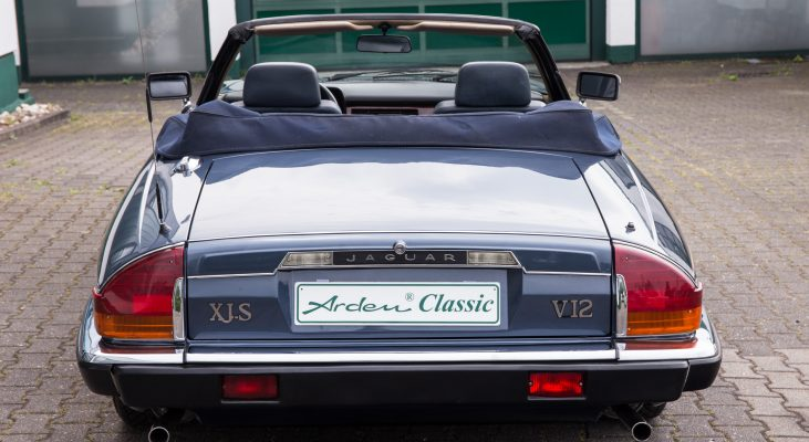 Jaguar-XJS-Cabrio-v12-Automatic-convertible-double-head-light-exhaust-system-rear-bumper