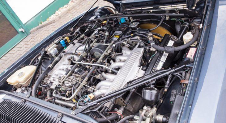 Jaguar-XJS-Cabrio-v12-Automatic-engine