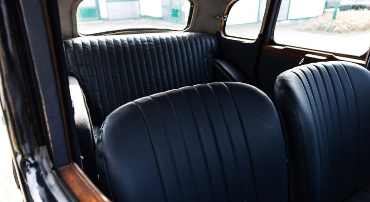 Riley-Monaco-interior-blue-seats