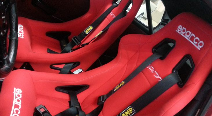 Saab-96-V4-Rallye-interior-seats