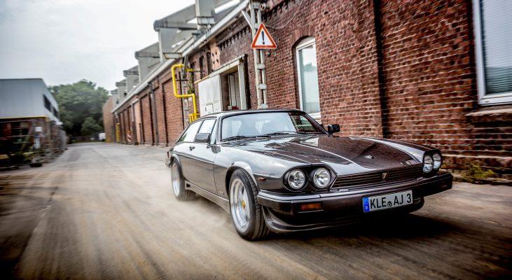 Arden-Jaguar-XJS-Station-Car-double-front-light-(2)